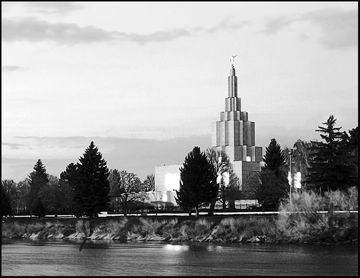 Picture of Idaho Falls B&W