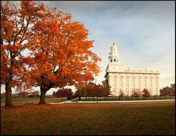 Picture of Nauvoo Changing Seasons