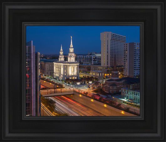 Philadelphia Temple Nightlife